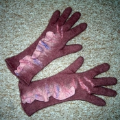 handfelted-gloves