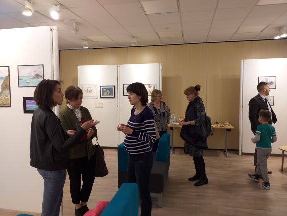 Preview of Art Exhibition at Kidderminster Library with Artists Raya Brown and her students