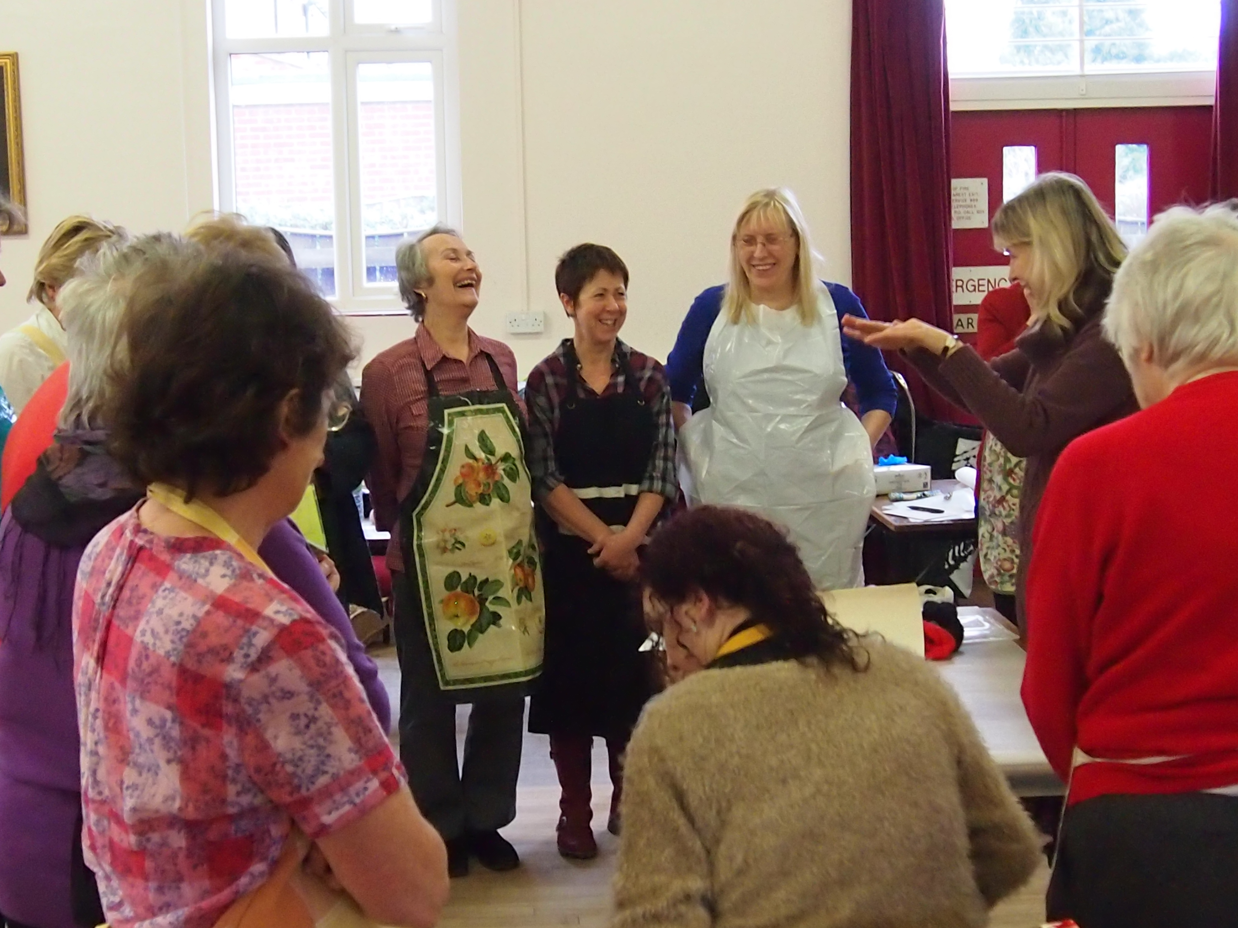 Worcestershire artist Raya Brown teaching adult students